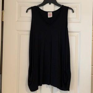 Freeloader Black long top size M loose style